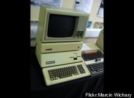 The successor to the very popular Apple II was focused on business users and priced accordingly. Unfortunately, the hardware
