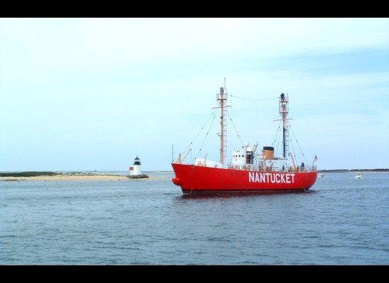 "<a href=""http://www.nantucketlightship.com/"">Nantucket Lightship</a>  A decommissioned lightship -- a craft designed to act"