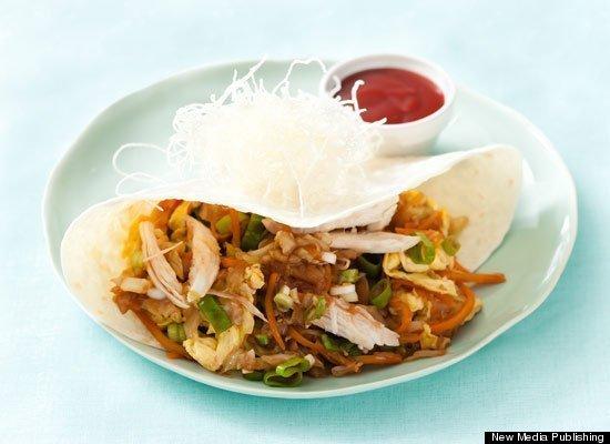 """<strong>Get the <a href=""""http://www.huffingtonpost.com/2011/10/27/mu-shu-chicken_n_1057169.html"""" target=""""_hplink"""">Mu Shu Chic"""