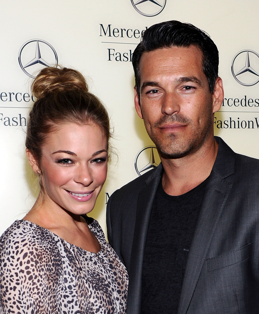 NEW YORK, NY - SEPTEMBER 10:  Leann Rimes and Eddie Cibrian attend  Mercedes-Benz Fashion Week Spring 2012 at Lincoln Center