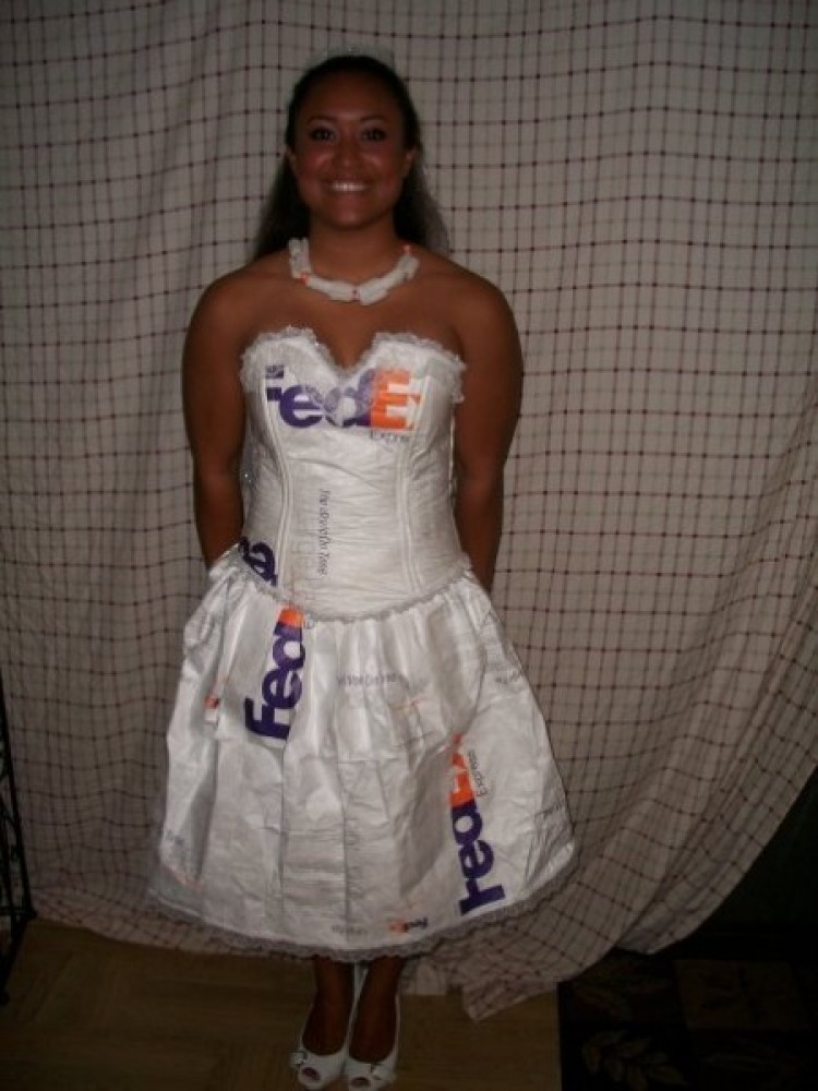 Offer your hand to a stranger thousands of miles away? Nah. Make a dress  sc 1 st  HuffPost & Womenu0027s Halloween Costumes: Creative Not Slutty Ideas For 2011 ...