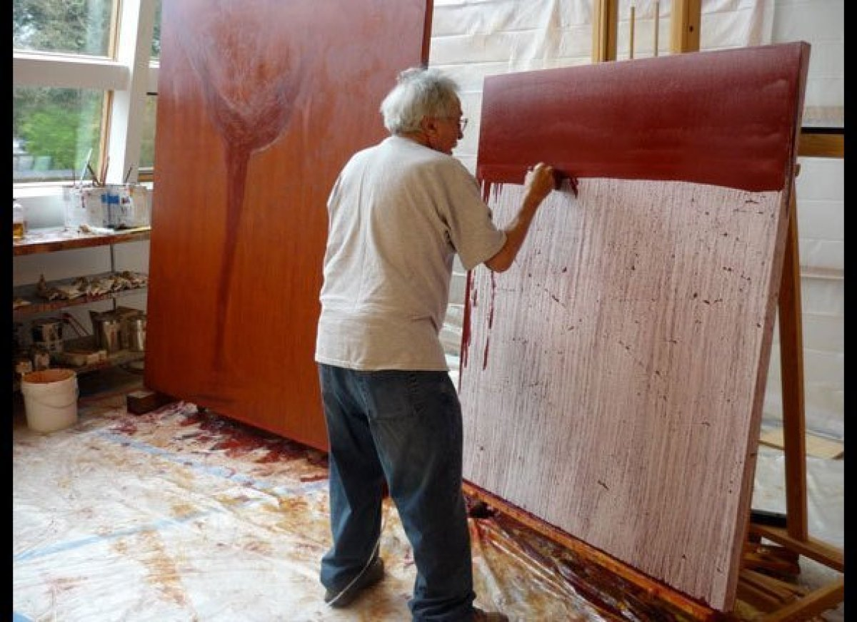 <em>Nathan Oliveira Applying a wash, late 2010 (Photo Credits: Works of art © The Estate of Nathan Oliveira, Other Photo