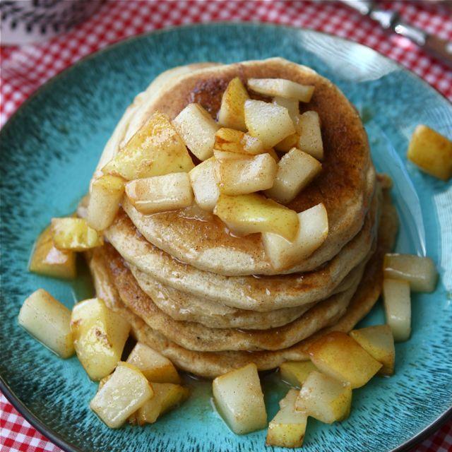"<strong>Get the <a href=""http://www.cookincanuck.com/2012/10/caramel-sea-salt-pear-pancake-recipe/"" target=""_blank"">Caramel &"