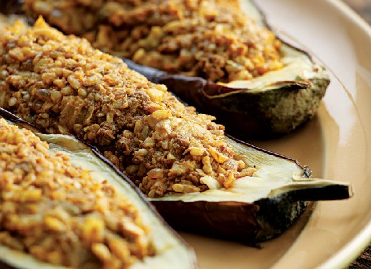 Stuff these eggplant halves with cooked rice and an entire host of aromatic Indian spices. If you crave a little something ex