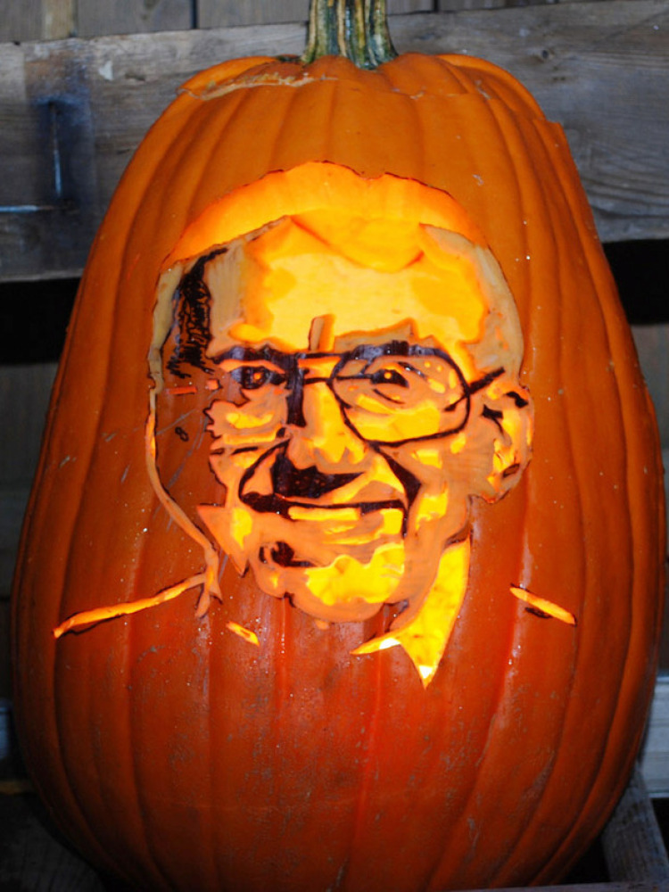 Halloween Pumpkin Carving: 6 Amazing Ideas For 2011 (PHOTOS ...