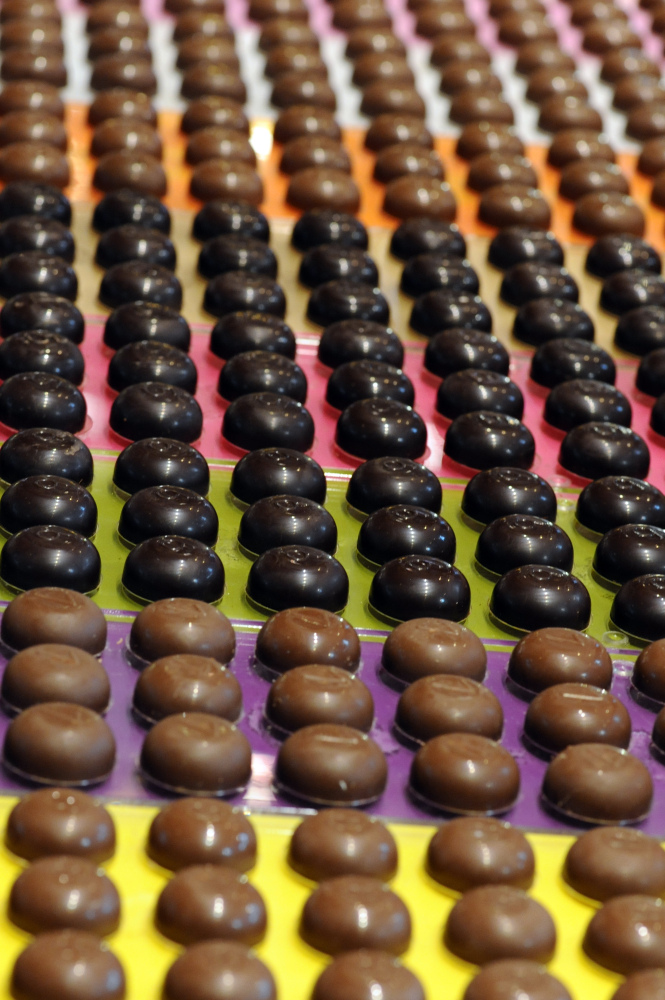 """The world's <a href=""""http://thinkprogress.org/romm/2011/09/30/332951/chocolate-climate-change-cocoa-industry-study/"""" target="""""""