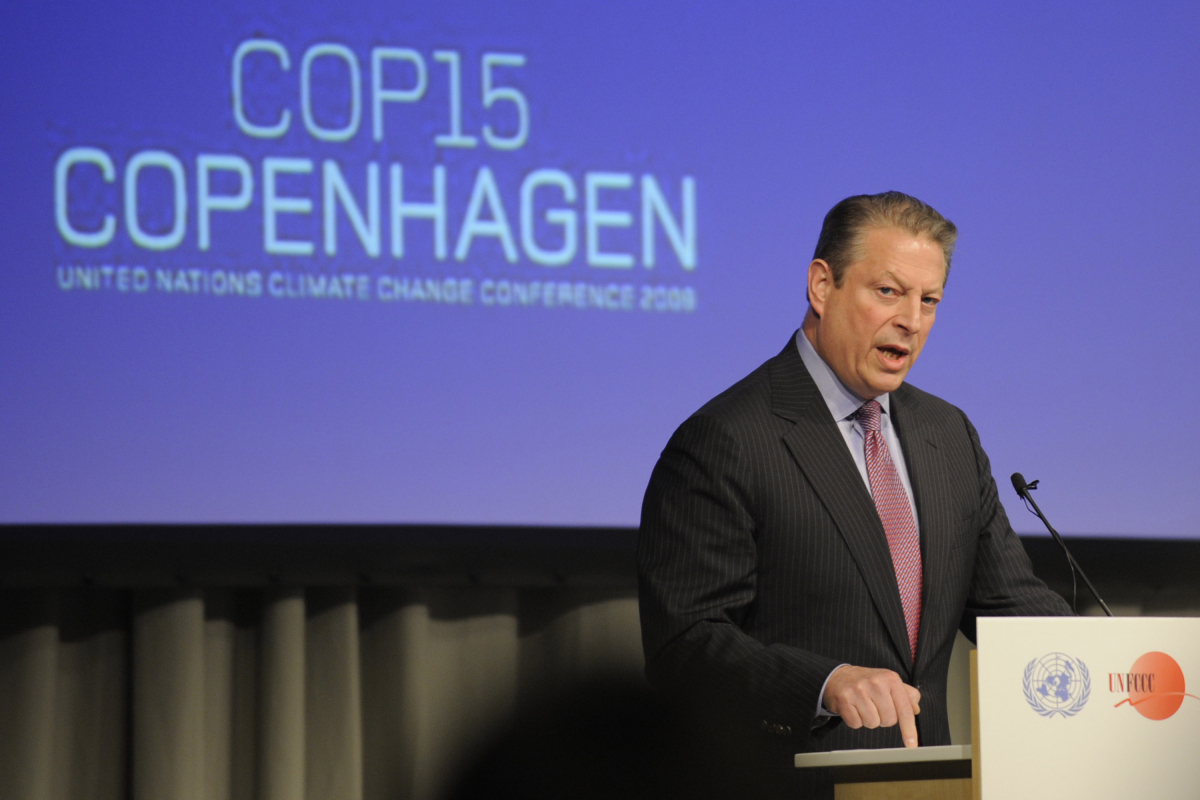 "Former U.S. Vice President <a href=""http://www.huffingtonpost.com/al-gore"" target=""_hplink"">Al Gore</a> has been a strong env"