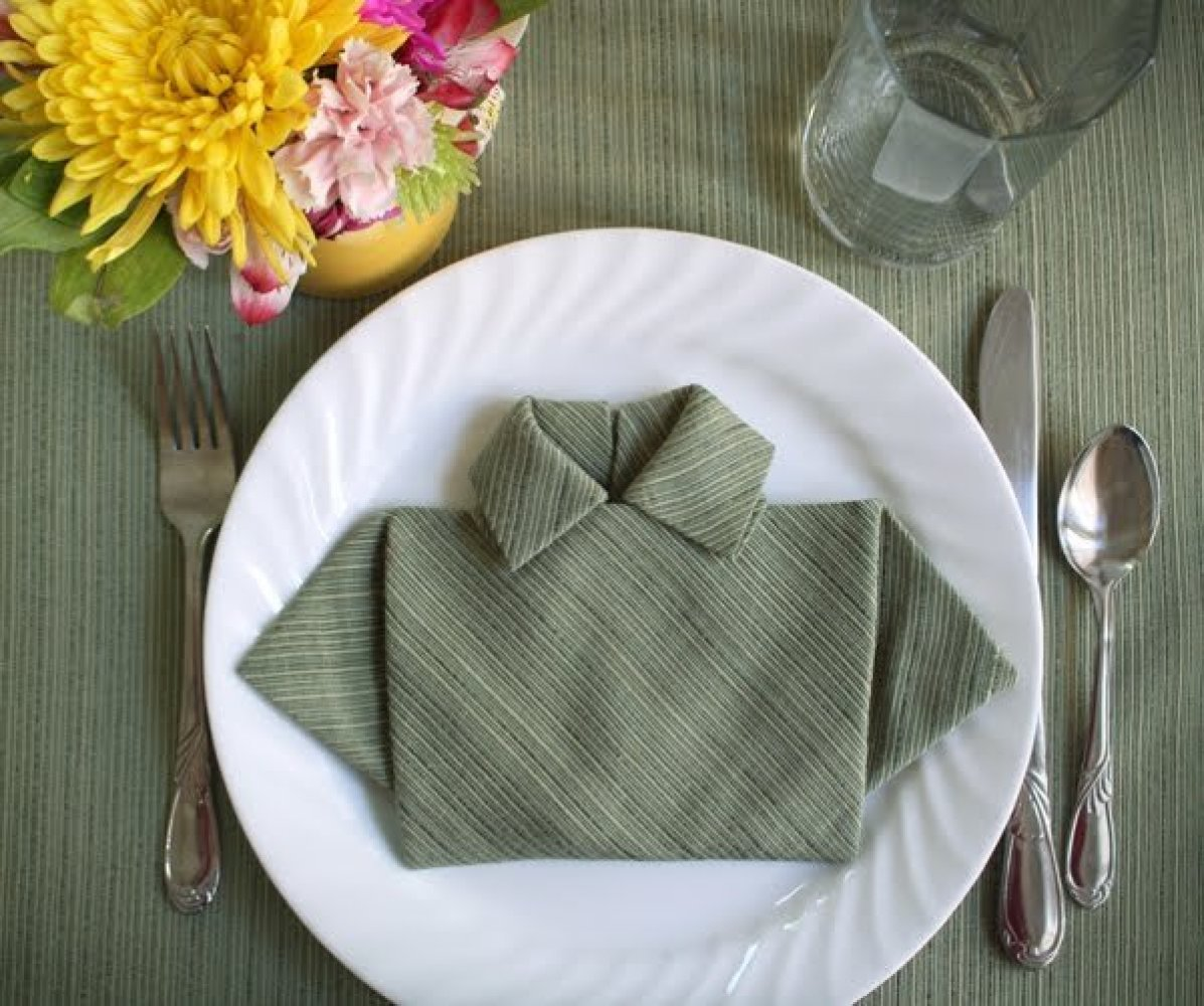 6 Ridiculously Simple Napkin Folding Ideas You Can't Screw