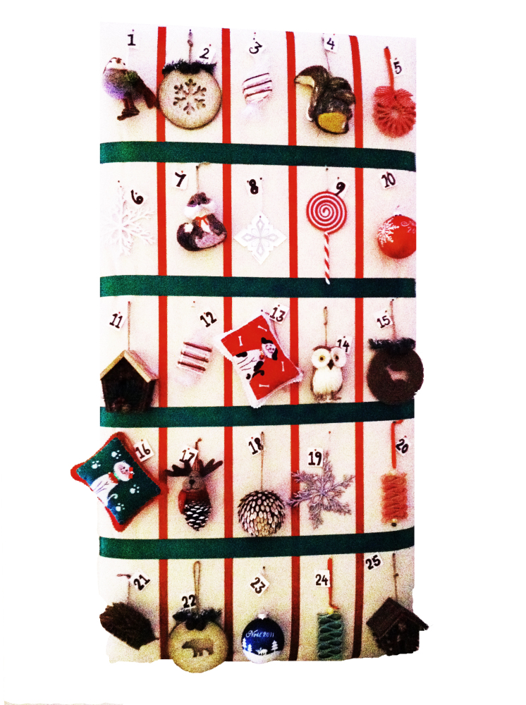Have a ton of ornaments on hand and feel like putting together your own advent calendar? Sears Canada created this gorgeous g