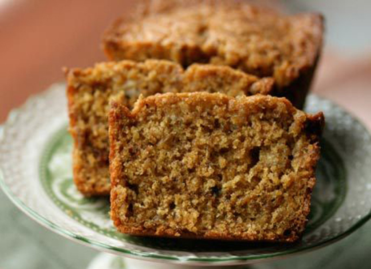 Indulge your sweet tooth without consuming enough calories for two people. This healthy take on banana bread is made with who