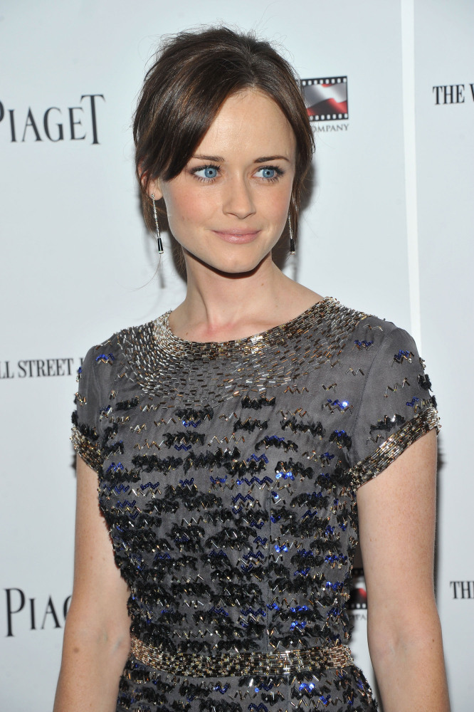 Who would've thought that little Rory Gilmore is a Latina? But Alexis Bledel, who starred as Gilmore in the CW series Gilmore