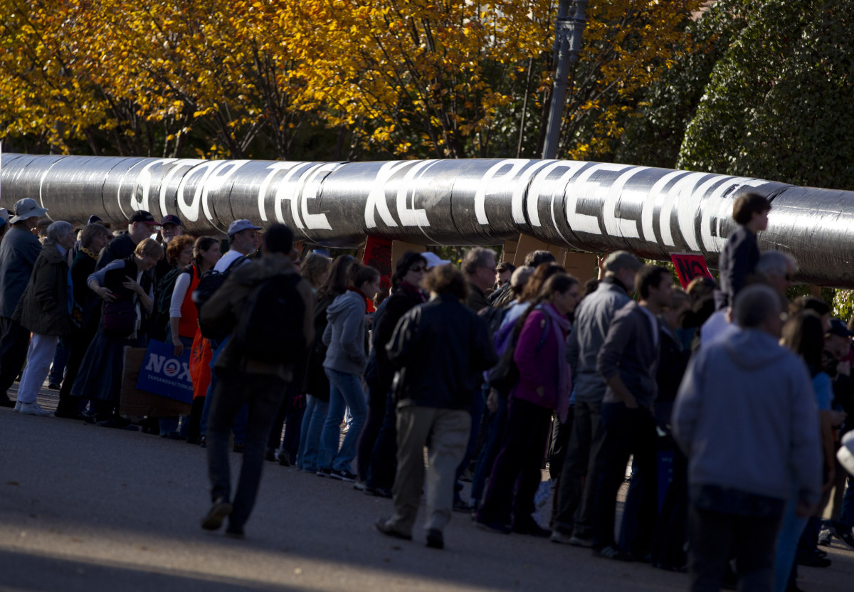 "The bill would prevent the State Department from finishing its <a href=""http://www.huffingtonpost.com/2011/11/10/keystone-xl-"