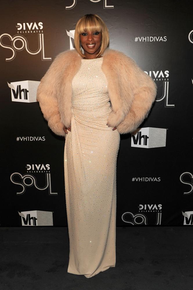 NEW YORK, NY - DECEMBER 18:  Singer Mary J. Blige attends VH1 Divas Celebrates Soul at Hammerstein Ballroom on December 18, 2