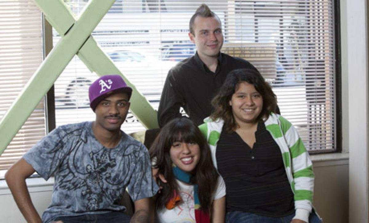 "San Francisco Editor Carly Schwartz spent time volunteering for <a href=""http://www.larkinstreetyouth.org/"" target=""_hplink"">"