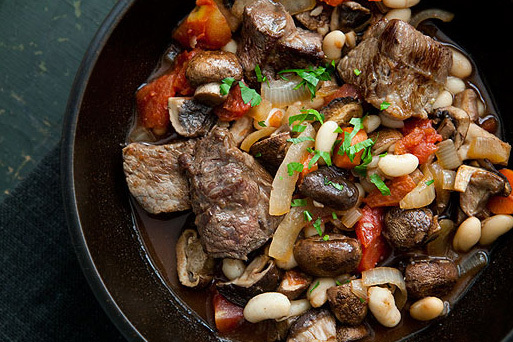"<strong>Get the <a href=""http://www.simplyrecipes.com/recipes/quick_beef_stew_with_mushrooms_and_white_beans/"" target=""_blank"