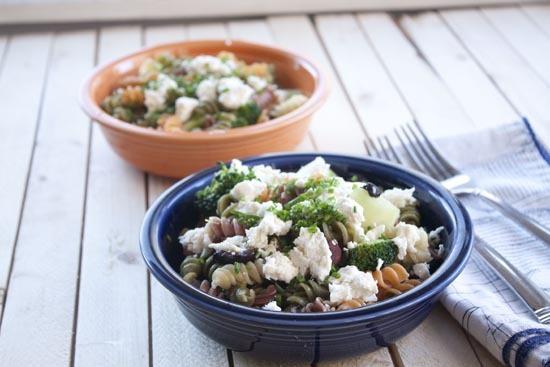 "<strong>Get the <a href=""http://www.macheesmo.com/2012/09/broccoli-pasta-toss/"">Broccoli Pasta Toss</a> recipe from Macheesmo"