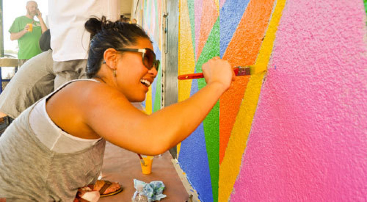 <strong><u>Opportunity</u></strong>: Volunteers will make a high-needs school more engaging and educational by painting mural