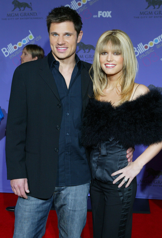 When Jessica Simpson and Nick Lachey married in October 2002, the two singing stars were on similar career paths. The tide be