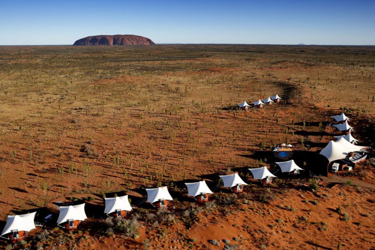 "<a href=""http://www.longitude131.com.au/"" target=""_hplink"">Longitude 131</a> in Australia's Northern Territory consists of 15"