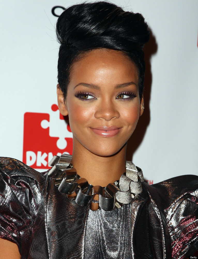 NEW YORK - MAY 07:  Rihanna attends DKMS' 3rd Annual Star-Studded Gala at Cipriani 42nd Street on May 7, 2009 in New York Cit