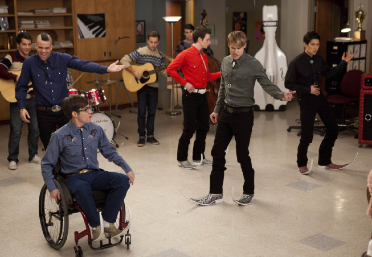 "The glee club boys perform a Spanish song in ""The Spanish Teacher"" (Tues., Feb. 7, 8 p.m. EST on Fox)"