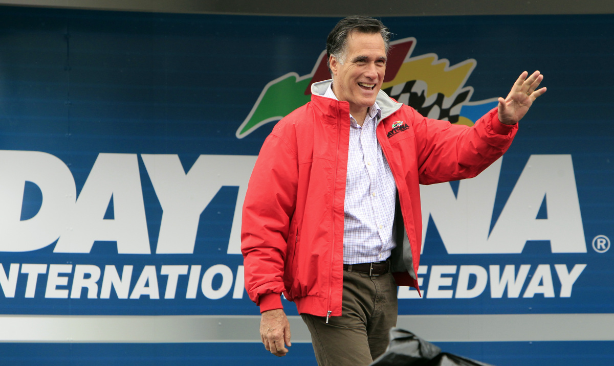 "At the Daytona 500 race, Mitt Romney's <a href=""http://www.huffingtonpost.com/2012/02/26/mitt-romney-nascar-team-owners_n_130"