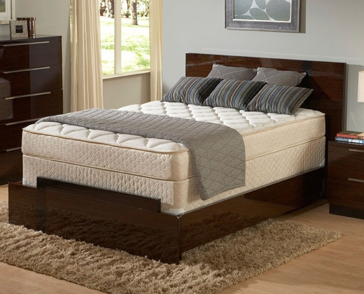 This Is A Good Standard Innerspring Mattress That Packed With High Density Foam For