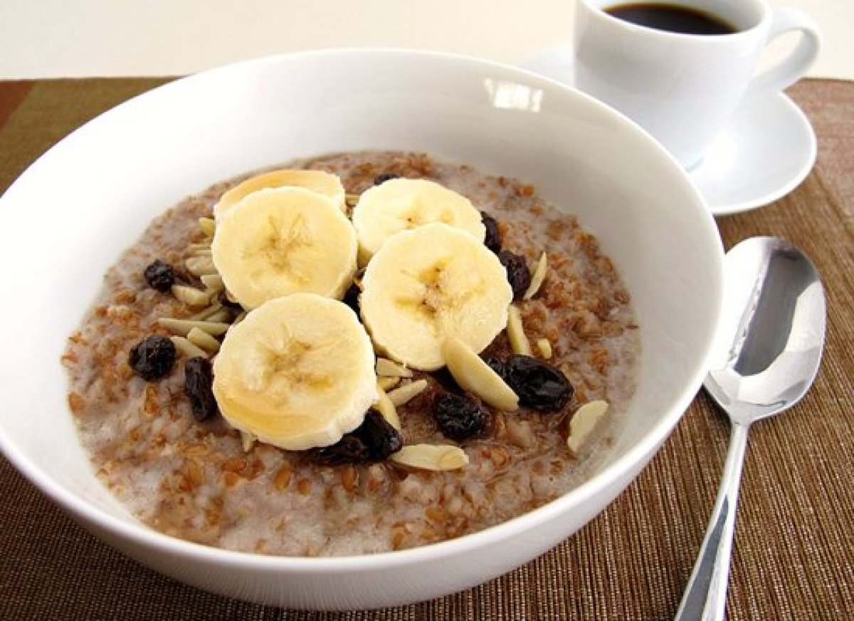 7 healthy hot breakfast cereal recipes huffpost 7 healthy hot breakfast cereal recipes hot breakfast cereals bulgur basically cracked wheat is typically used in savory middle eastern dishes but it ccuart Choice Image
