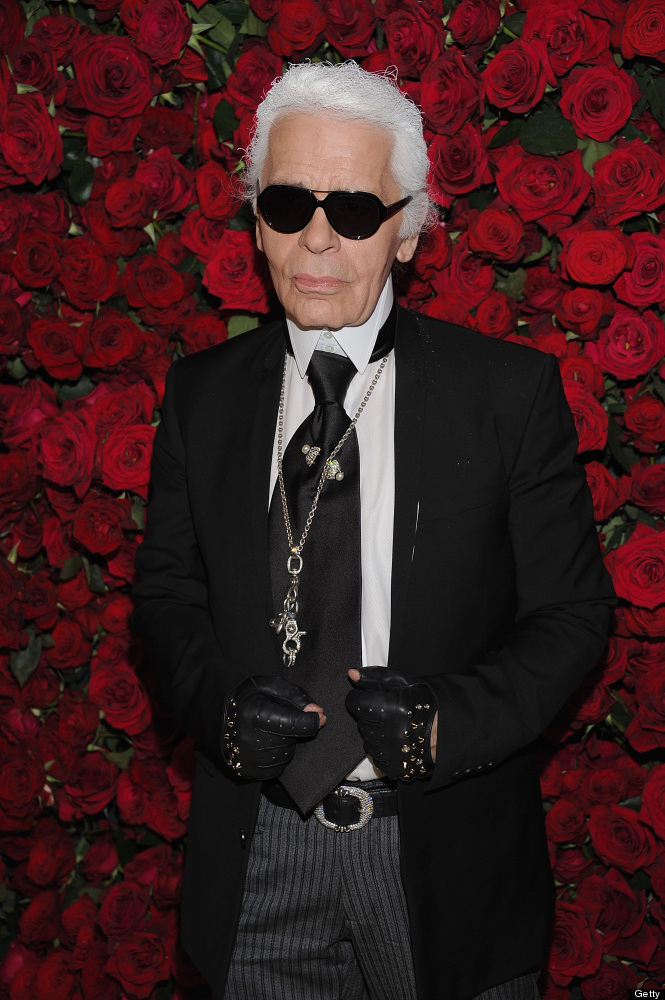 """Chanel designer <a href=""""http://nymag.com/daily/fashion/2010/03/karl_lagerfeld_buys_computers.html"""" target=""""_hplink"""">Karl Lag"""