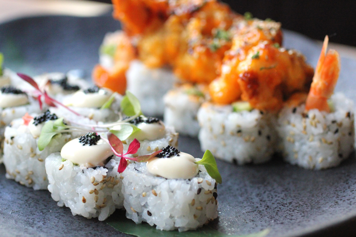 """<a href=""""http://www.wolfgangpuck.com/restaurants/fine-dining/3941"""" target=""""_hplink"""">The Source</a>'s """"fire and ice"""" sushi rol"""