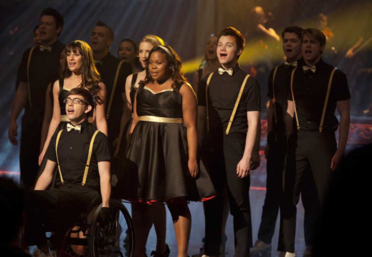McKinley High's New Directions will take on the Warblers at Regionals.