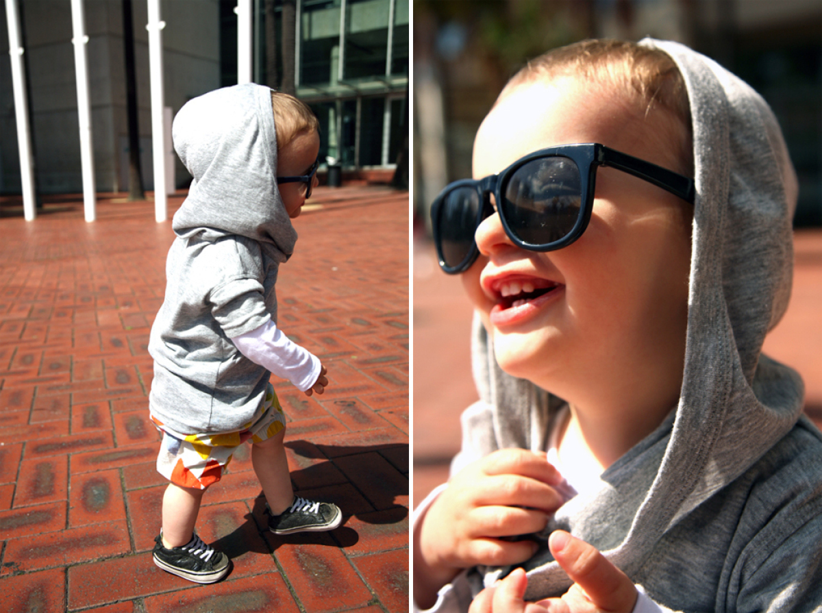 "via <a href=""http://tinysartorialist.com/"" target=""_hplink"">The Tiny Sartorialist</a>"