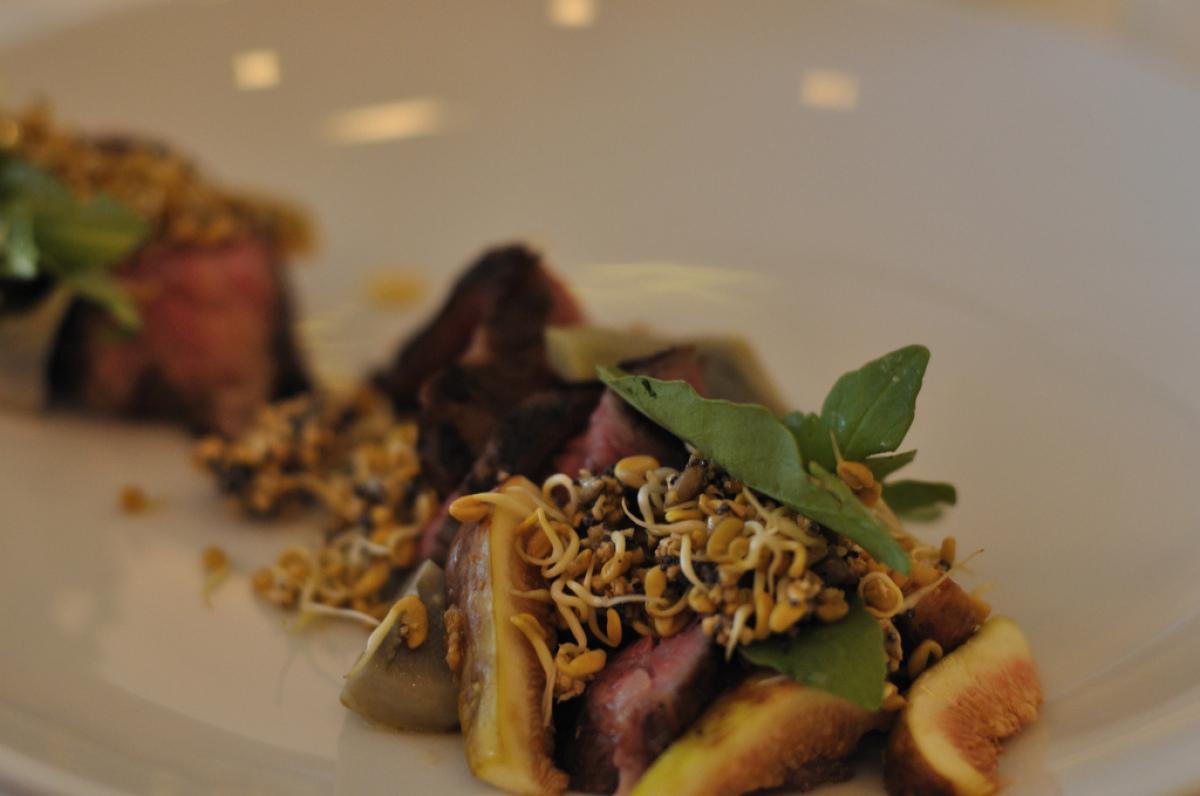 "Chef Paul Kahan <a href=""http://blackbirdrestaurant.com/"" target=""_hplink"">Blackbird</a> 619 W. Randolph  Tri-tips with g"