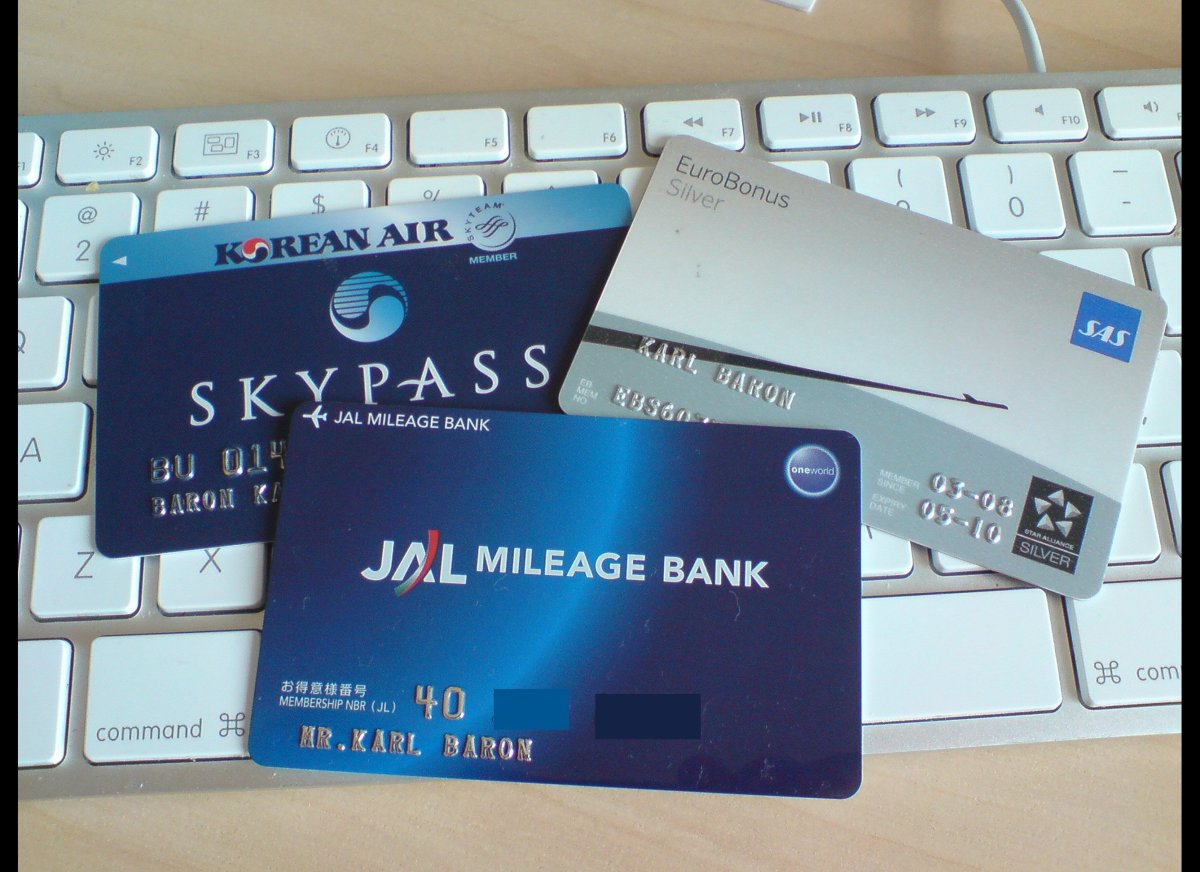 Bonus frequent flier miles that are granted as part of a credit card's signing offer are taxable. That's what thousands of <a