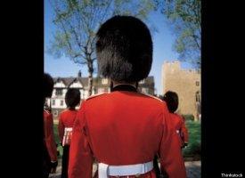 "<a href=""http://www.radaronline.com/exclusives/2011/04/buckingham-palace-guard-fired-royal-wedding-kate-middleton-stupid-stuc"
