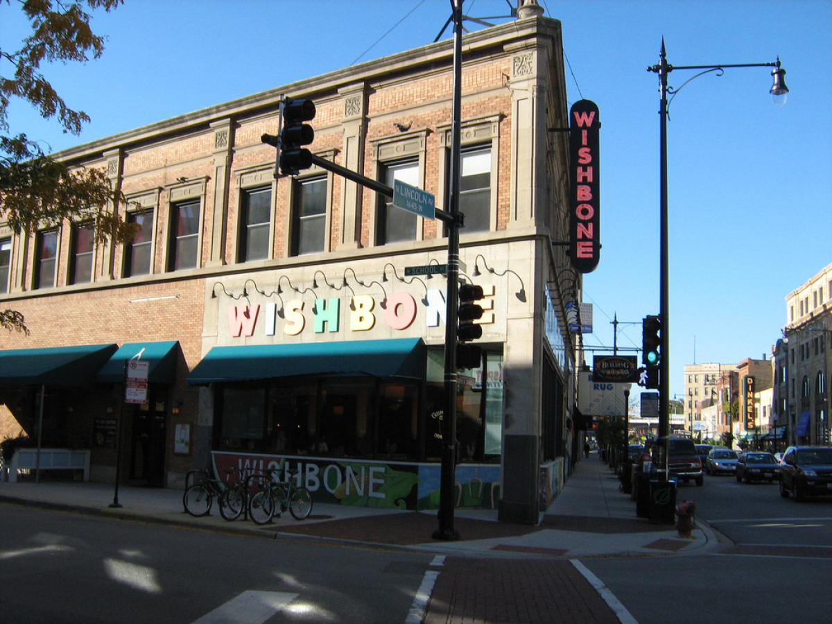 """@jpmarkovich: #wishbone in #lakeview has cornbread pancakes that are absolutely to die for.  <a href=""""http://www.wishbonech"""