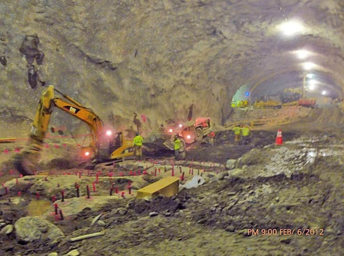 Mining the cavern that will house the Second Avenue Subway's 72nd Street Station. Photo by Metropolitan Transportation Author