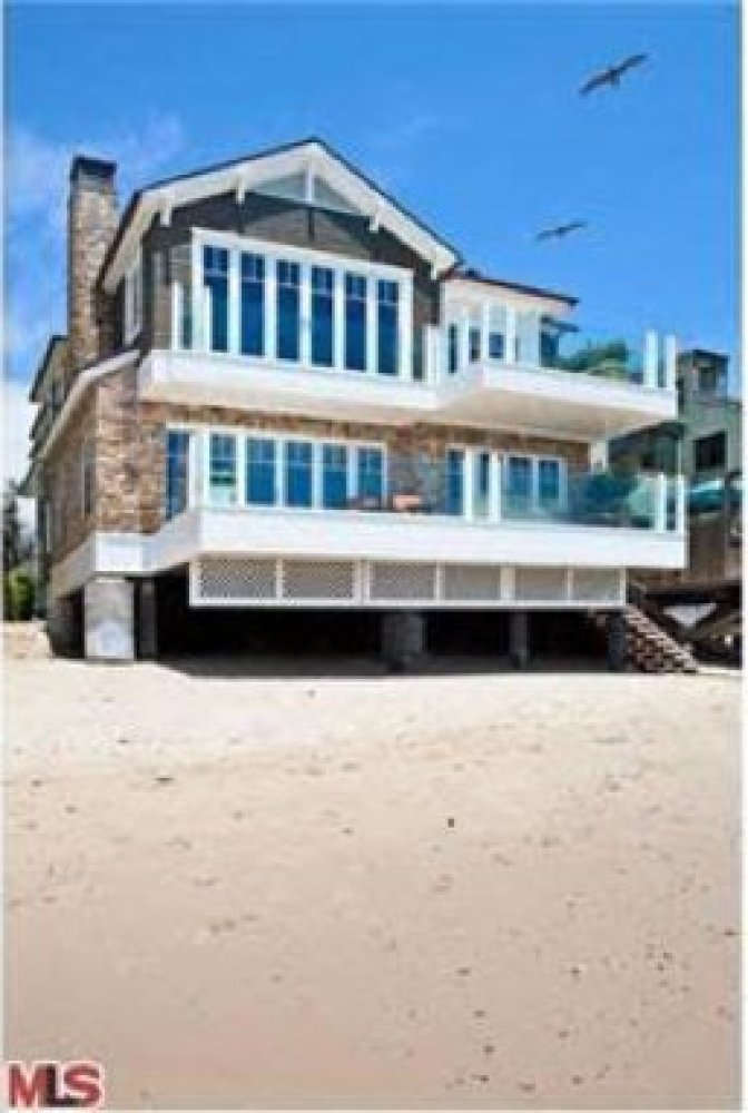 """Tipping the price scales at $125,000 a month and smack dab in Malibu Colony, this <a href=""""http://www.realtor.com/realestatea"""