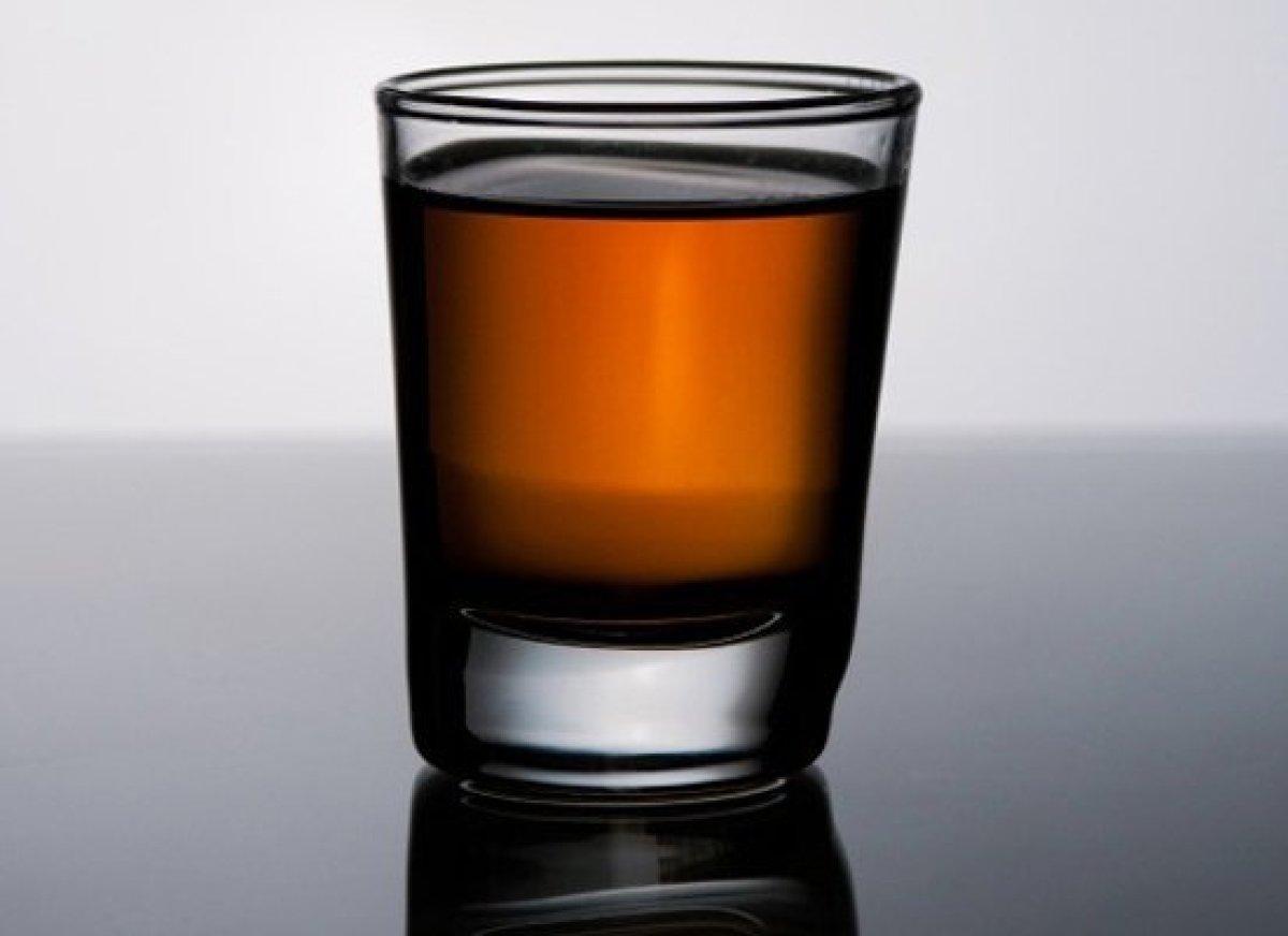 """Like the <a href=""""http://liquor.com/recipes/corpse-reviver-no-2/?utm_source=huffpo&utm_medium=articl&utm_campaign=absinthe"""">C"""
