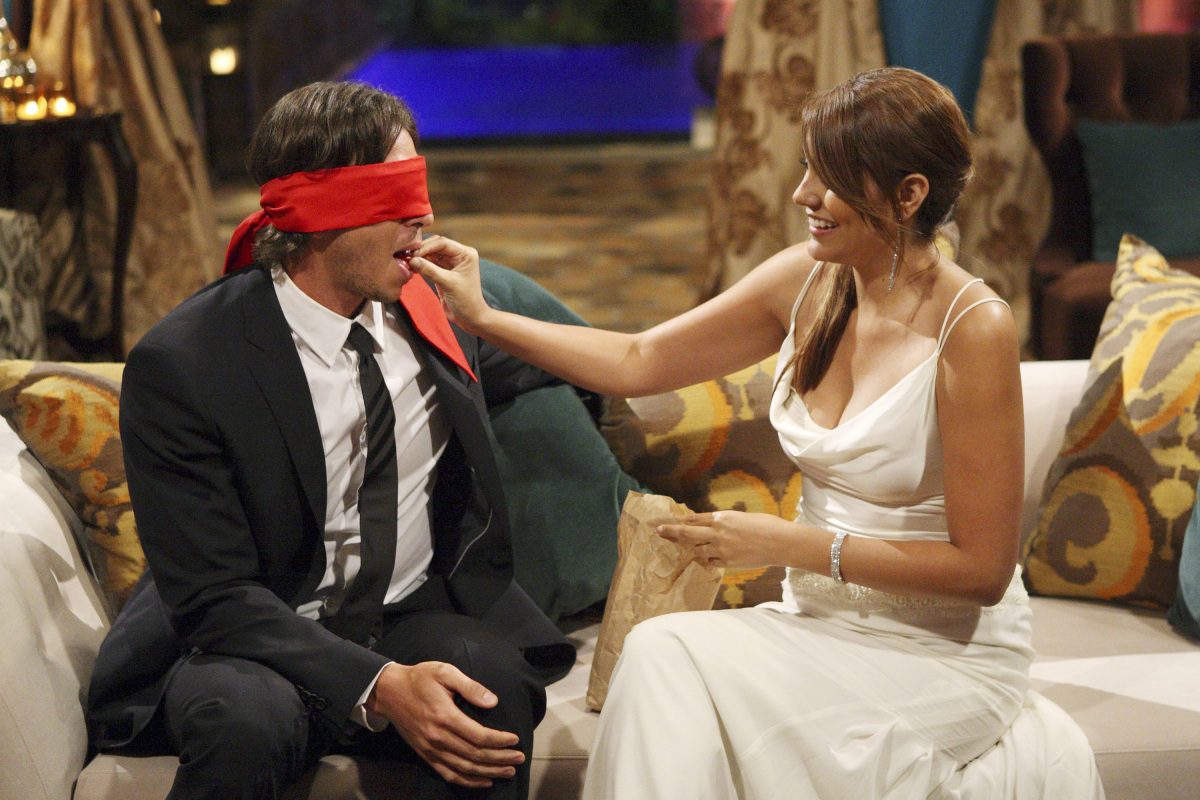 """THE BACHELOR - In """"Episode 1601,"""" Ben returns to the mansion for the first big cocktail party. He explains to Chris Harrison"""