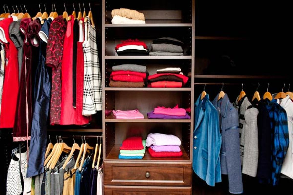 <strong>Organize-Your-Closet Lesson #1: Seek out more space. </strong>
