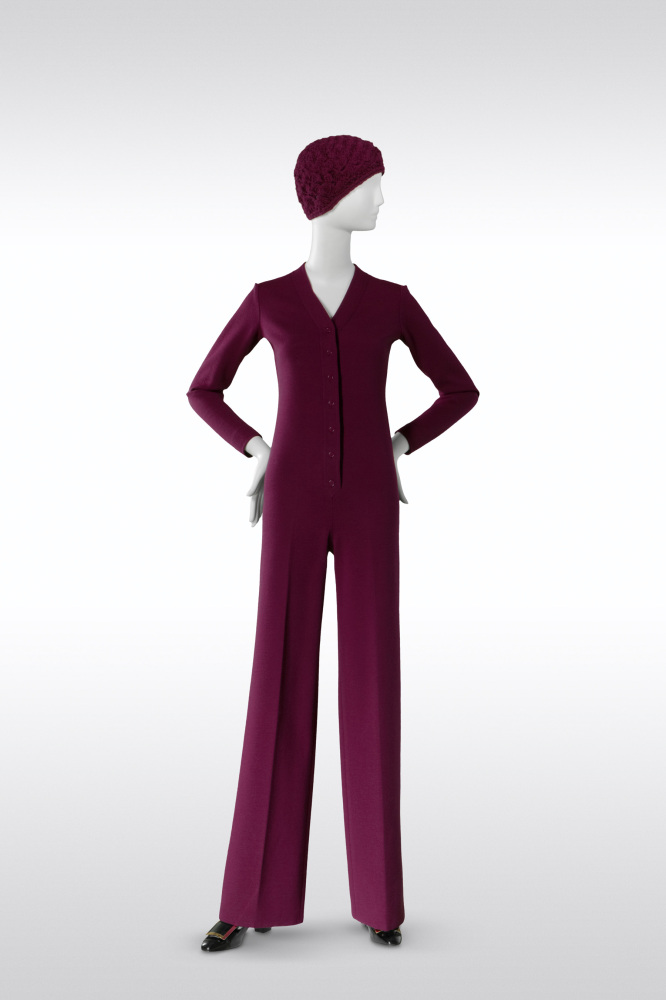 Yves Saint Laurent, Jumpsuit, haute couture collection, Fall-Winter 1969. Bordeaux wool jersey. ©Foundation Pierre Bergé - Yv