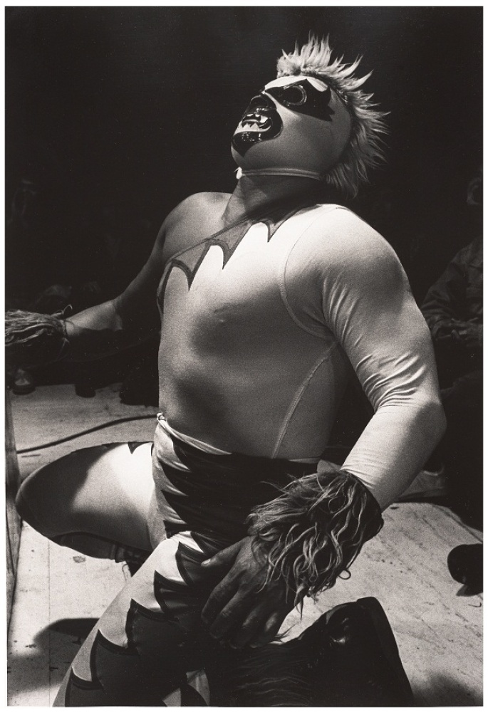 Lourdes Grobet, <em>Ponzoña, Arena Coliseo</em>,  ca. 1983; gelatin silver print; 14 x 11 in.; San Francisco Museum of Modern