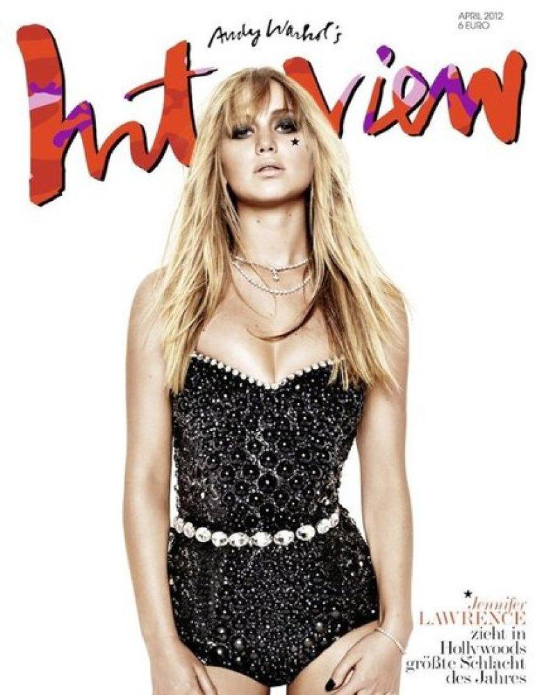 """Jennifer Lawrence graces the cover of Germany's <em><a href=""""http://blog.interview.de/filter/page/Magazin"""" target=""""_hplink"""">I"""