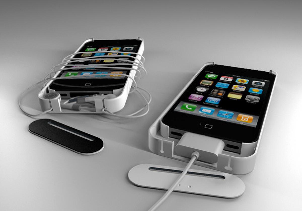 "<a href=""http://www.yankodesign.com/2012/05/15/iphone-case-that-makes-sense/"" target=""_hplink"">The O Case</a>"