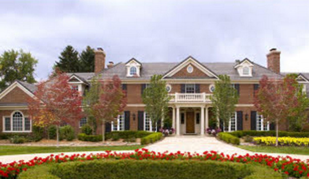 Beds: 7 Baths: 9 House: 16,464 Sq. Ft. Lot: 3.37 acres  Images via Realtor.com. For more information on this listing, <a