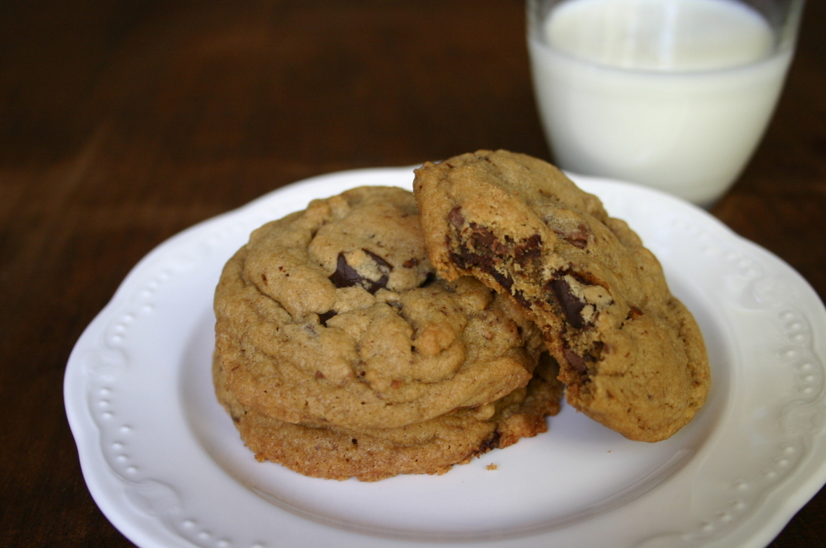I dialed up the brown sugar and added ground pecans for a richer, earthier, more caramelized chocolate chip cookie.  <stron