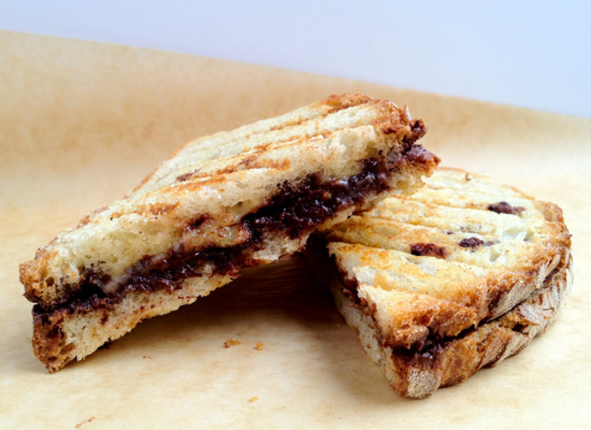 <strong>For this recipe, you'll need:</strong> 2 slices country bread 2 ounces dark chocolate (64%), coarsely chopped 6 th