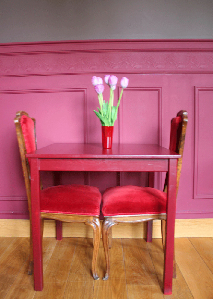 Pink and red aren't just for Valentine's Day. Paired together, the two colors make a bold visual impact and help a space feel