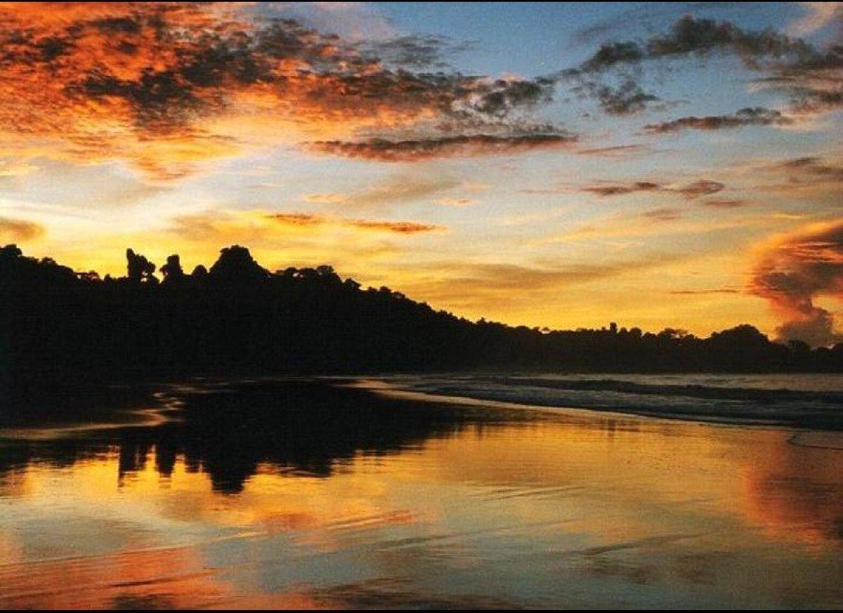 "<a href="" http://www.blacktomato.com/country/costarica/experience-costa-rica/?utm_source=editorialpartner&utm_medium=Huffingt"
